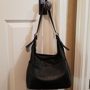 VTG  coach black leather classic hobo bag purse